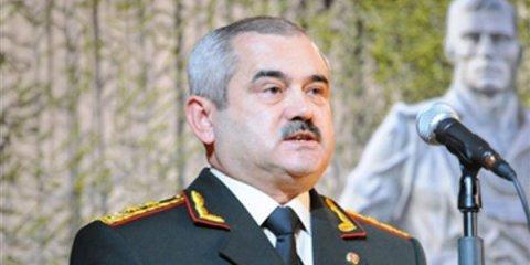 General 180 min rüşvət verən polkovniki işdən çıxardı