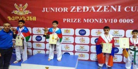 İdmançımız erməniyə qalib gəlib qızıl medal qazandı