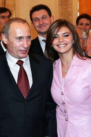 Putin 30 yaş kiçik sevgilisi ilə evləndi