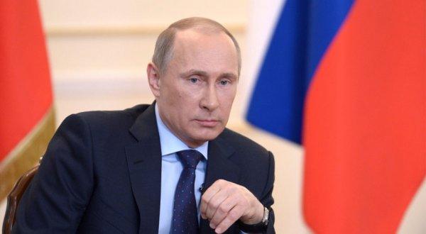 """Putinə """"başdaşı"""" hazırlandı"""