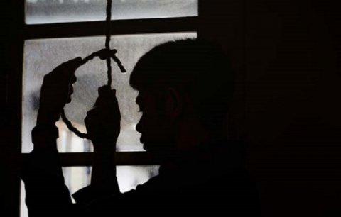 Sumqayıtda 22 yaşlı oğlan özünü asdı - ARVADINA GÖRƏ