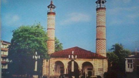 Dağlıq Qarabağ bölgəsinin azərbaycanlı icması Şuşadakı məscidlə bağlı bəyanat yaydı
