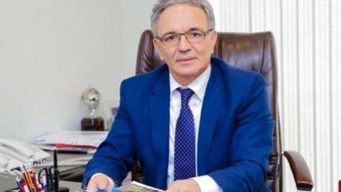 Əflatun Amaşov :
