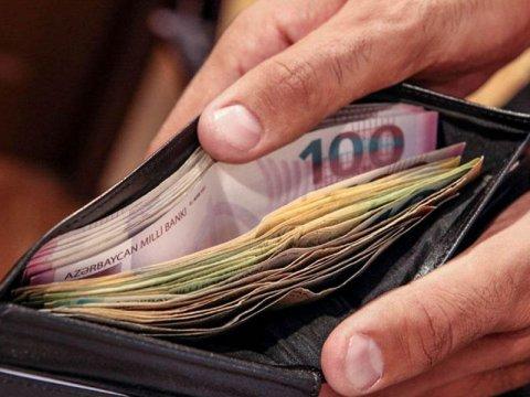 İcra hakimiyyəti orqanlarının əməkdaşlarının maaşları artırılıb