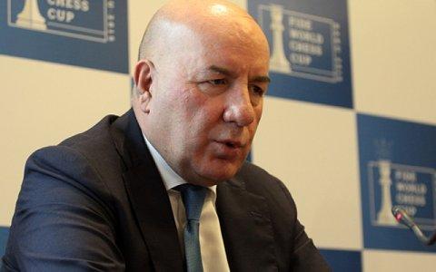 Azərbaycanda bank böhranı yenidən başlayır- Problemli kredit bataqlığı