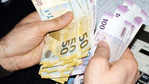 Bakıda ən çox və ən az maaş alanlar - SİYAHI