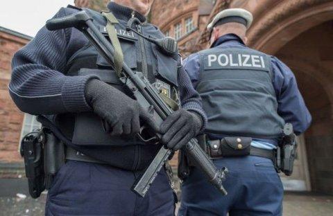 """""""Müsavat"""" vəsiqəsi ilə sığınacaq alanlar Almaniyadan deportasiya olunur"""