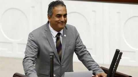 """Türkiyə parlamentinin erməni millət vəkili """"soyqırımı"""" rədd etdi"""