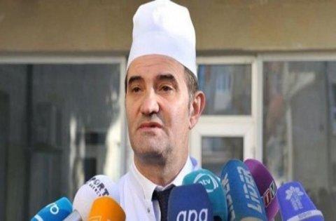 Azərbaycanda baş həkim xaricə müalicəyə getdi