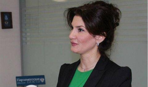 Mehriban Sadıqova istefaya göndərildi