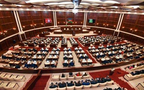 Yeni seçilən Milli Məclisin ilk iclasının vaxtı AÇIQLANDI