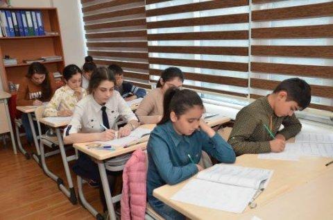 Sumqayıt məktəbliləri İDRAK liseyinin təşkilatçılığı ilə biliklərini sınadı - FOTO+VİDEO
