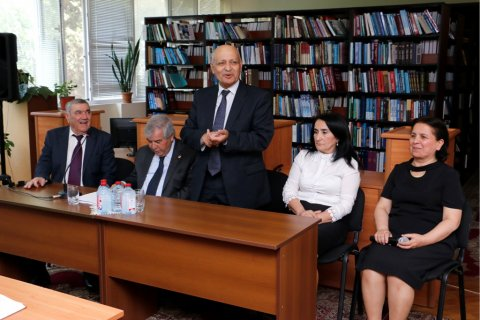 Xalq şairi Sabir Rüstəmxanlı ilə görüş - FOTOLAR