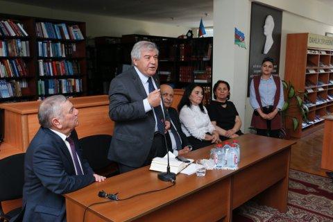 Sumqayıtda Xalq şairi Sabir Rüstəmxanlı ilə görüş keçirilib- FOTOLAR