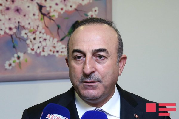 Çavuşoğlu Paşinyanı təbrik etdi