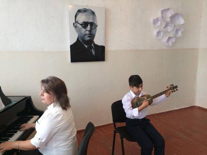 Milli musiqi günü ilə bağlı tədbirlər keçirilib- SUMQAYITDA/ FOTOLAR
