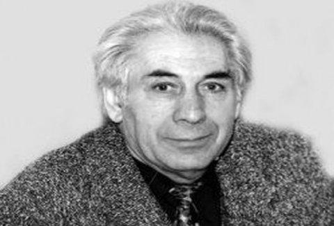 Tanınmış yazıçının həyat yoldaşı vəfat etdi- Şəkil
