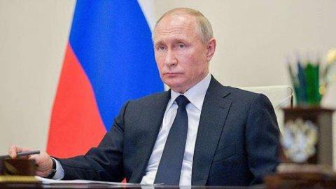 Putin peyvənd etdirəcək?
