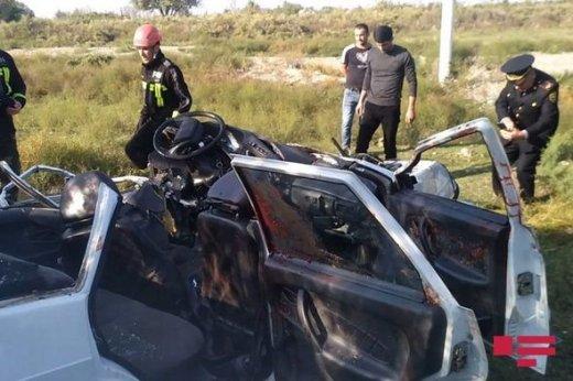 Ağdaşda iki avtomobil toqquşdu: