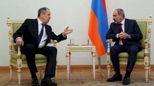 Paşinyan-Lavrov görüşündə niyə Rusiya bayrağı olmayıb? - Rusiya XİN-dən açıqlama