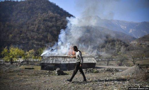 Ermənilər şokda: Özlərinin yandırdığı kənddə yaşayacaqlar - ŞƏKİLLƏR