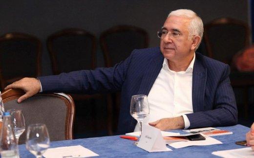 SON DƏQİQƏ: Daha bir tanınmış vəkil koronavirusdan vəfat etdi