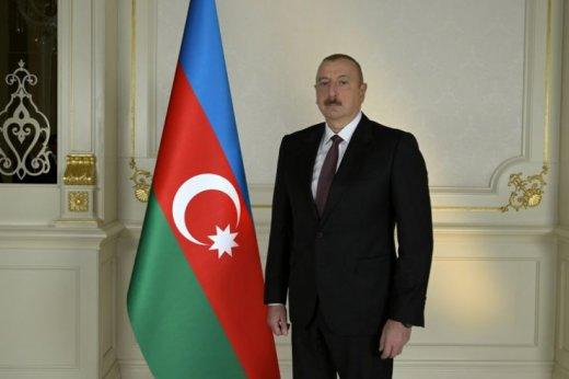 İlham Əliyev və xanımı Şuşaya gedir- VİDEO