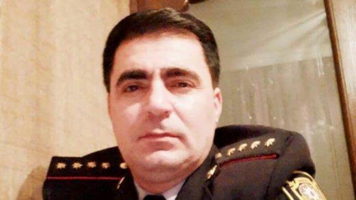 """Vətəndaşa hədə-qorxu gələn """"polis mayoru"""" yaxalandı: evindən nələr çıxdı - ŞƏKİL/VİDEO"""
