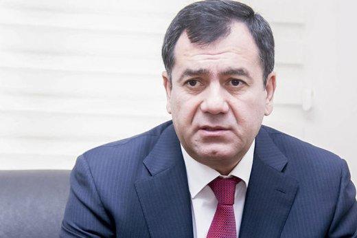 """Deputatdan etiraz: """"Niyə vətəndaş adi vəsiqə almaq üçün 40 manat ödəməlidir?"""""""