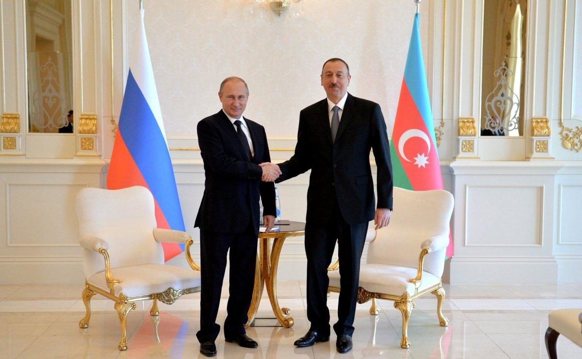 """Moskva görüşü İrəvanı təxribatlara son qoymağa vadar edəcək"""" - ŞƏRH"""